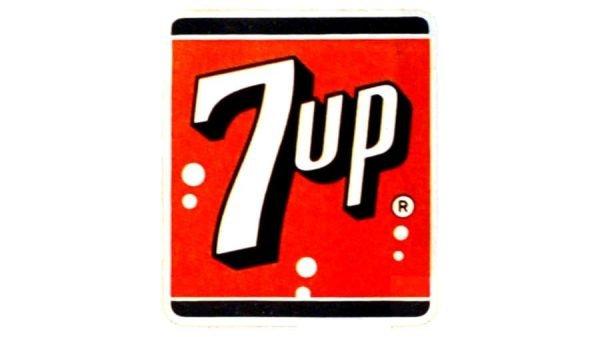 7UP Logo 1943