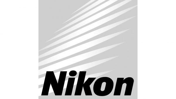 Nikon Fuente